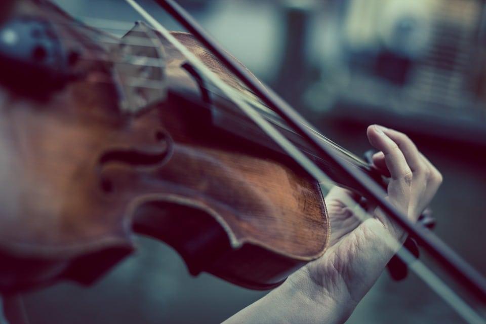 Il recupero del'gesto corporeo-relazionale' mancato nel Focal Hand Dystonia (FHD) del violinista…